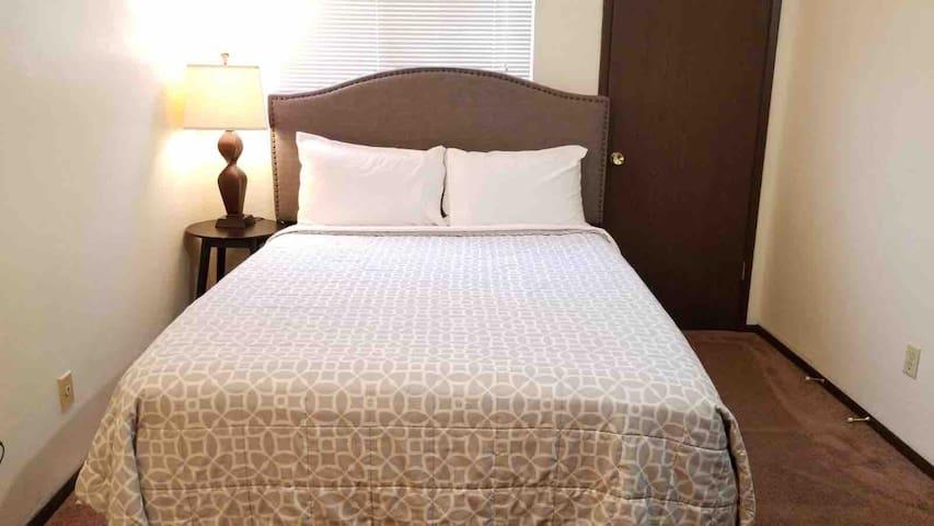 2 bedroom 2 story Townhome Deluxe Suite