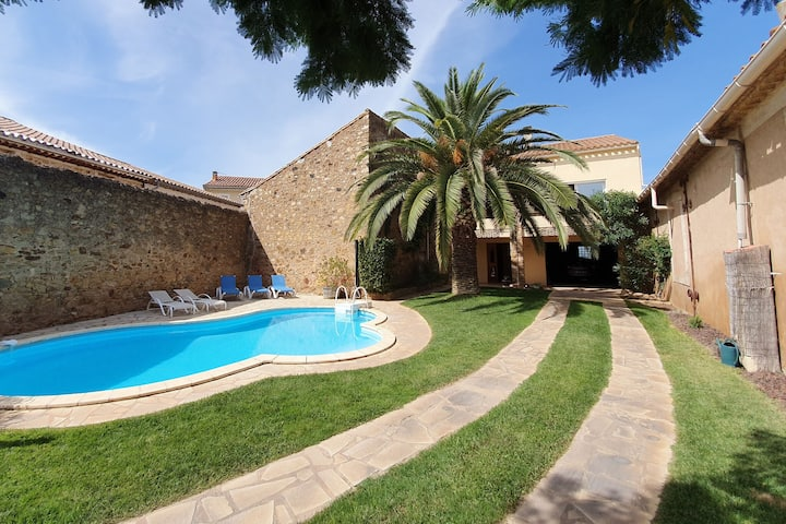 Spacious Villa in Languedoc-Roussillon with private Swimming Pool