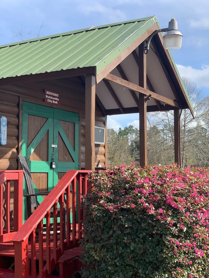 Tiny cabin on Lake Seminole