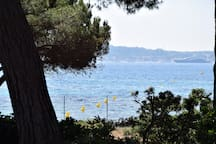 Sur la plage! Maison récente face à St Tropez