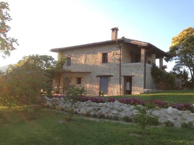 Elegant cottage - Casperia
