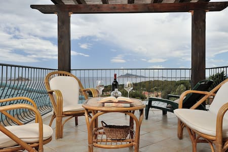 Panoramico appartamento vista mare - Santa Maria Navarrese - Apartament