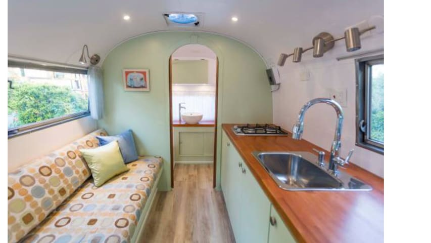 Airstream w/ Heater•Perfect for the Holidays!