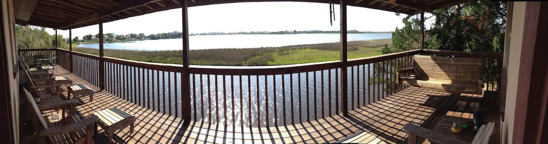 Waterfront on Peaceful Live Oak Is. - Crawfordville - Huis