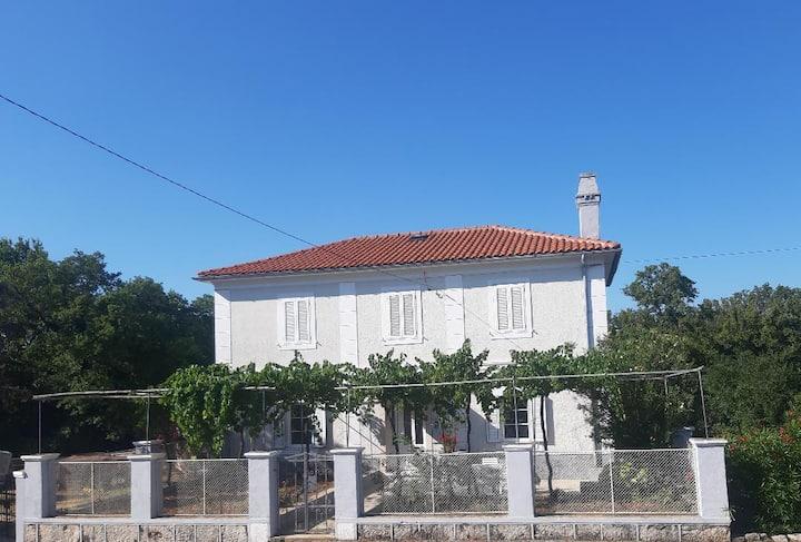 Casa Di Nonna**** stone house- Charming apartment