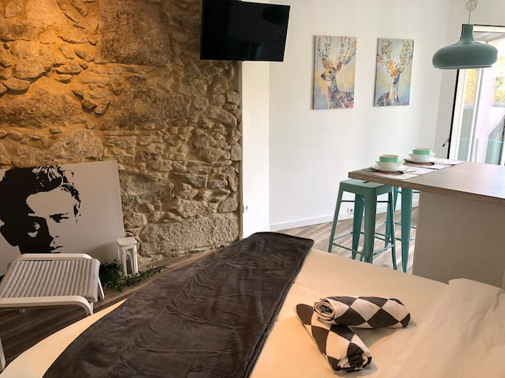 Studio with Terrace in the heart of the Braga