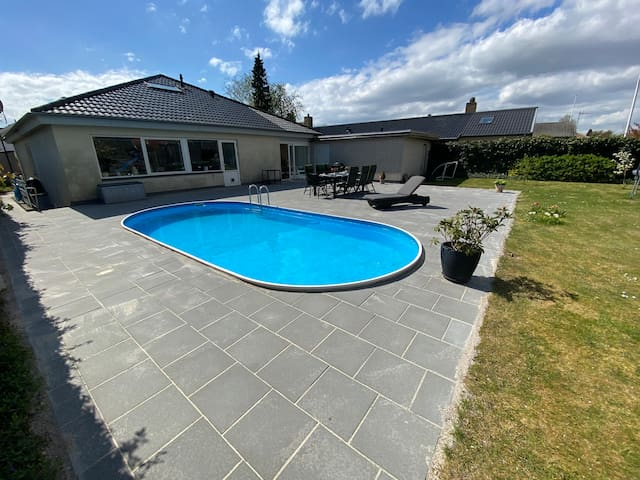 Large house only 15 minutes from CPH