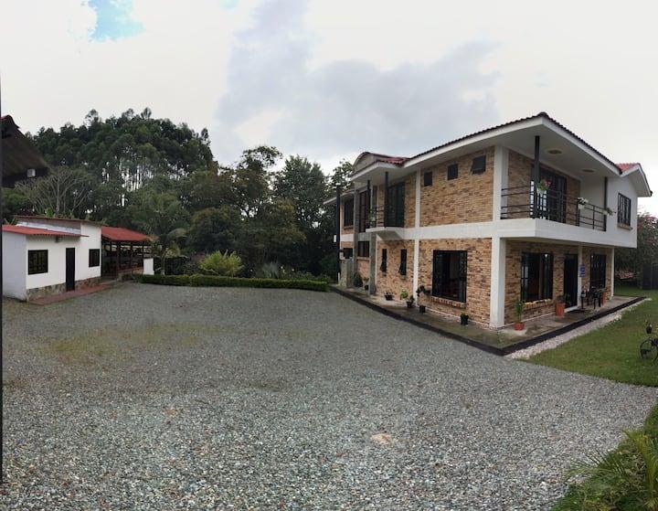 Casa campestre Denarios -Comodidad y espacio