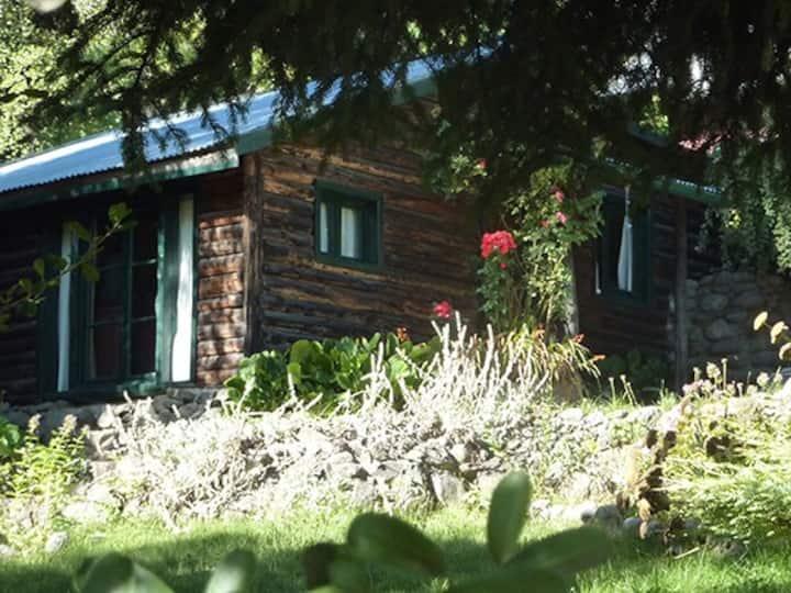 Cabañas Las Lavandas. Arroyo.