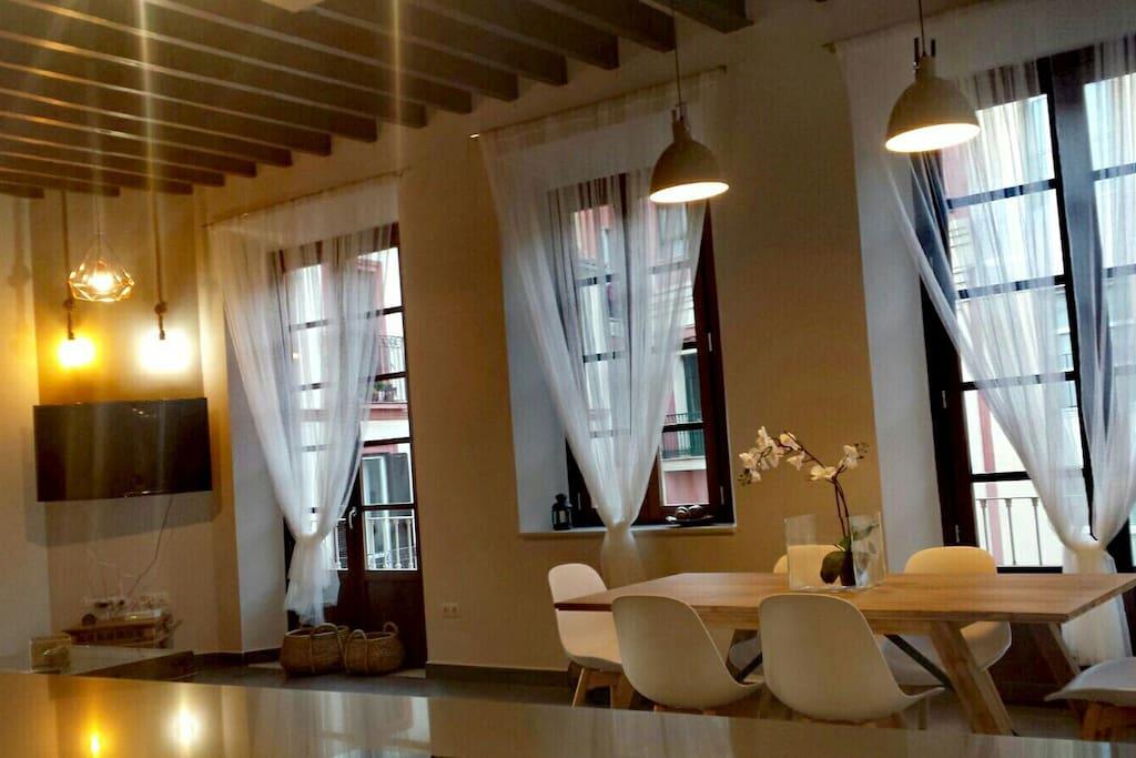 Vista general comedor y salón