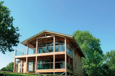 Russet Lodge