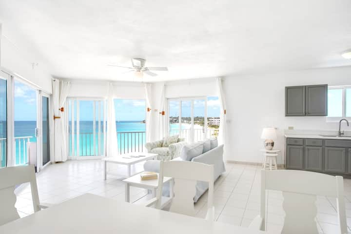 Turtles Nest Beach Resort  - Oceanfront 1 bedroom & studio condo in Meads bay