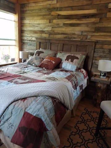 Queen size luxury bed