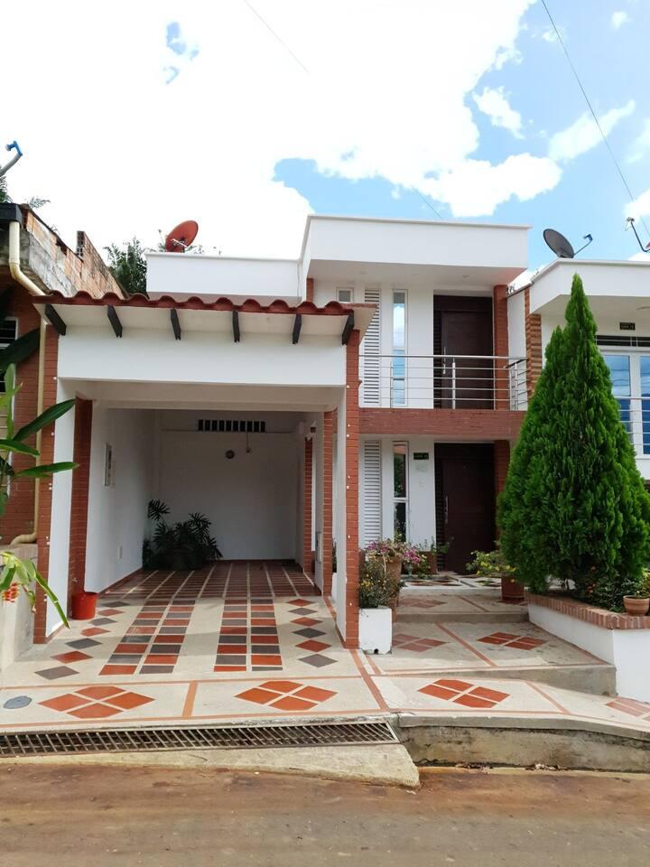 Casa Portal del Mirador jacuzzi
