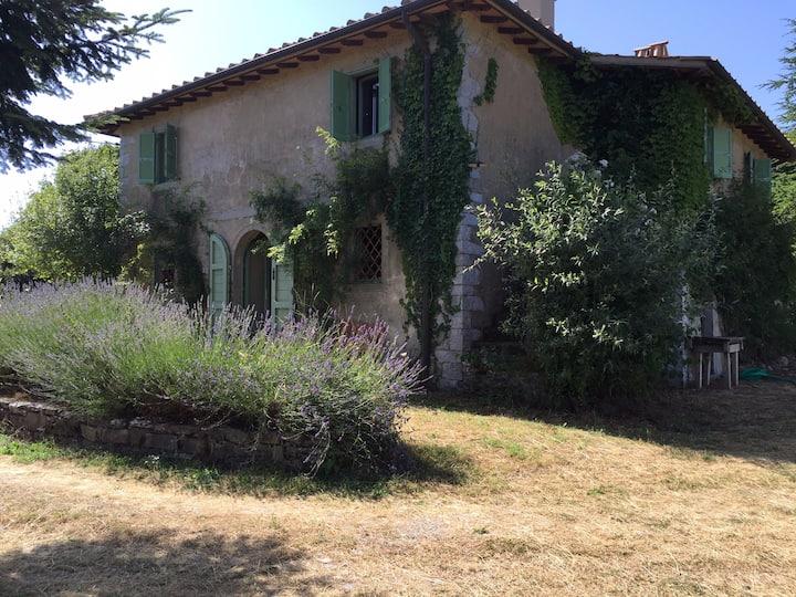 original Tuscan farmhouse in a natural reserve