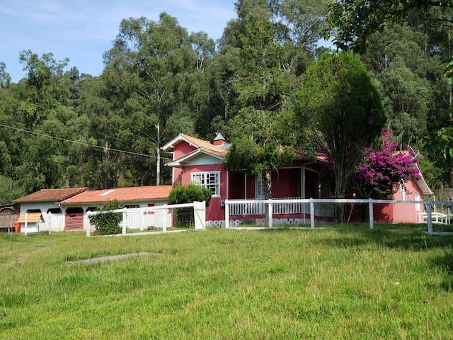 CASA DE CAMPO 2. Casa  segura isolamento familia.