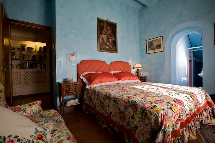 La chiesuola - STANZA CELESTE - Viterbo - Bed & Breakfast