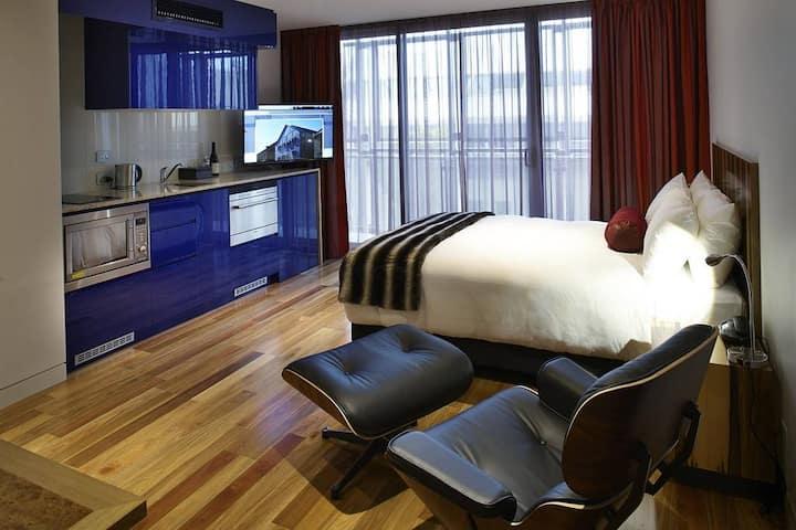 Salamanca Wharf Hotel Studio