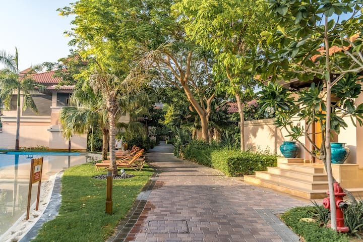 Anantara 2Bedroom Apartment with Pool & Beach