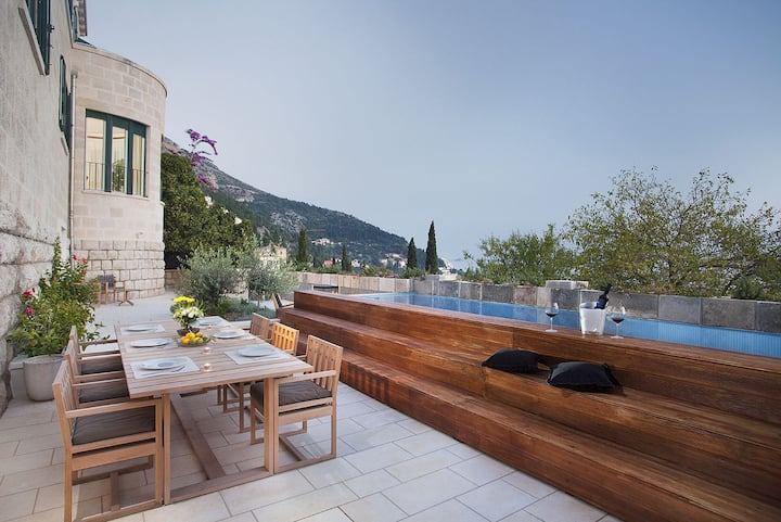 Luxury Seafront Villa Castello Dubrovnik with private pool and sauna by the sea in Dubrovnik