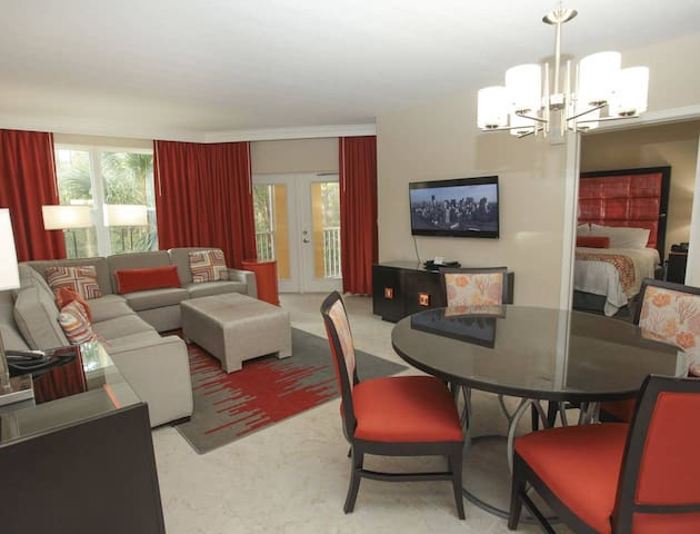 Vacation Village at Parkway close to Disney Parks