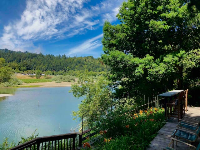 Russian River Home:  Private dock & hot tub!