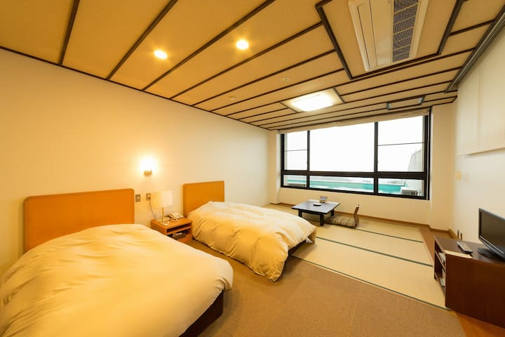 Yugahora Twin room tatami(Southern Alps side)