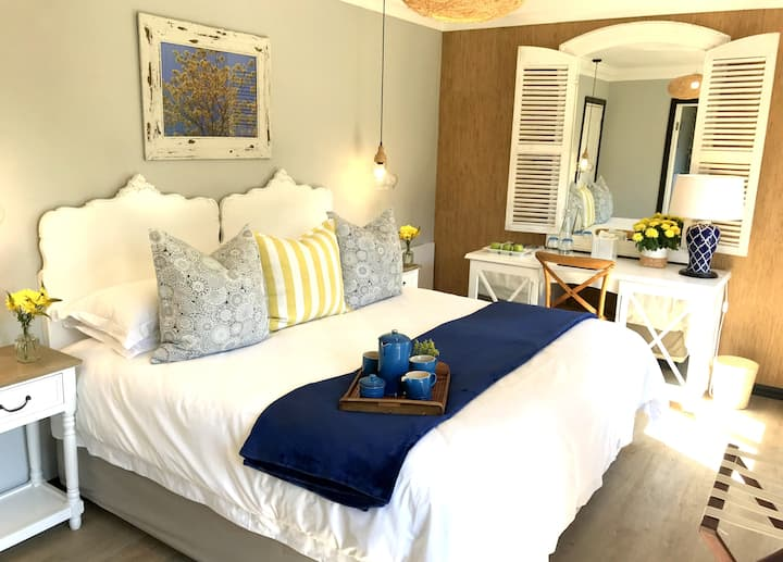 A Kings View Boutique Guesthouse - Sapphire Suite