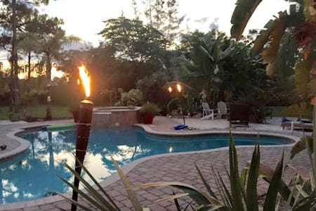 2-Acre Tropical Retreat West Palm Area - Loxahatchee - Casa