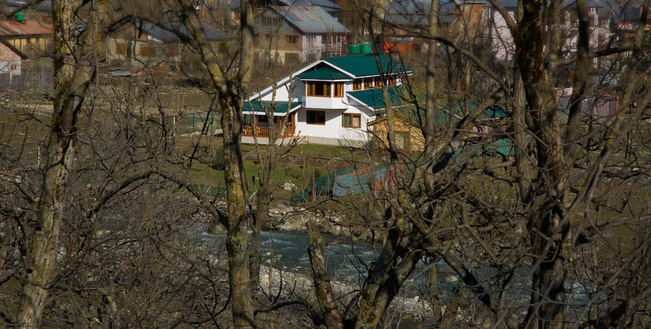 Luxury Cottage In Pahalgam