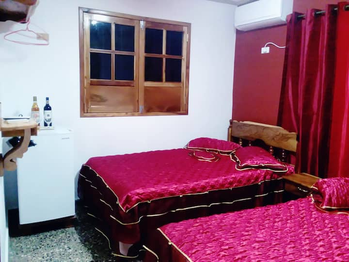 Villa Dos Corazones (habitac.2 independiente) WIFI