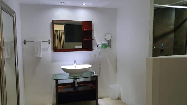 Habitacion 2 pax zona hotelera wifi+ac