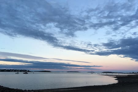 Water views in every direction! - Weymouth - Guesthouse