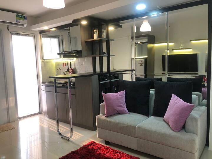 Cozy Elegant Apt in accessible city area