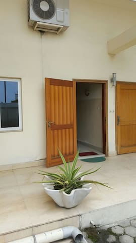 Duplex confort et fonctionnel - Brazzaville - Apartment