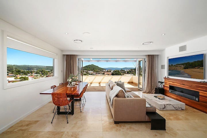 ALTA Villa | refined home | panoramic view