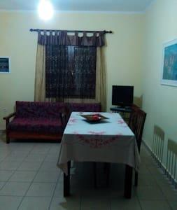 Κατοικία στο κτήμα για οικογένεια - Kardamyla