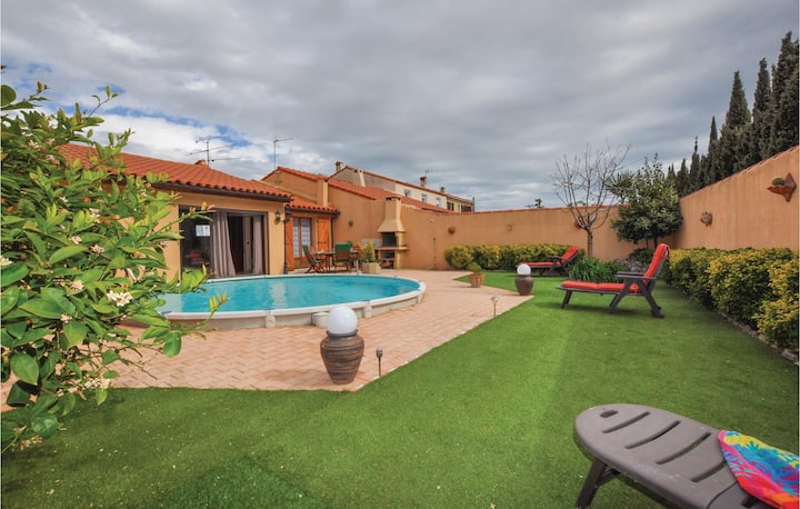 Holiday cottage with 3 bedrooms on 120m² in Salses le Château