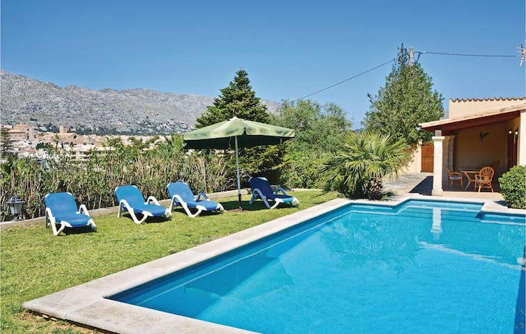 Holiday cottage with 5 bedrooms on 128m² in Pollensa