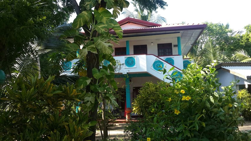 4  Rooms in front of the sea - Tangalle, Southern Province, LK