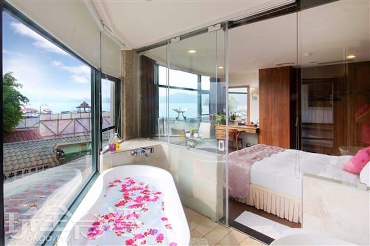 日月潭水岸休閒飯店~低層樓全湖景雙人房