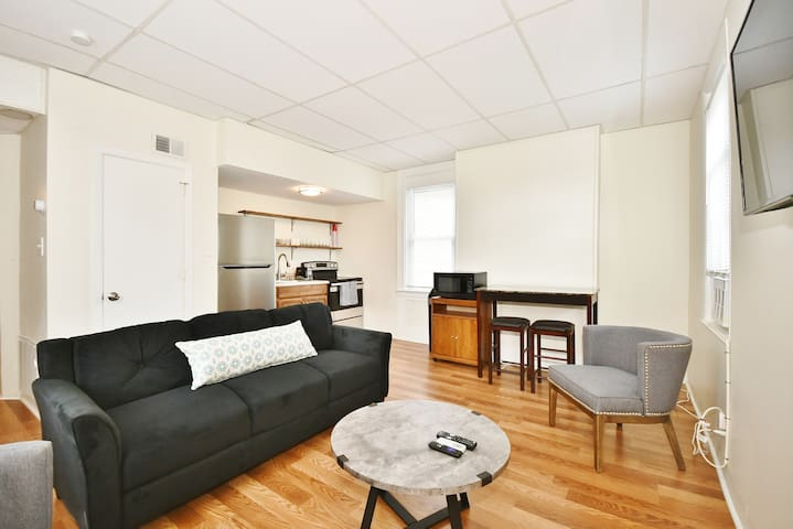 3bed 2bath apartment in East liberty