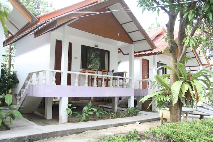 The Scenery Beach Resort : Garden Bungalow DBL Bed