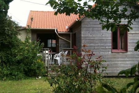 maison en bois à 800 m de la mer - Wissant