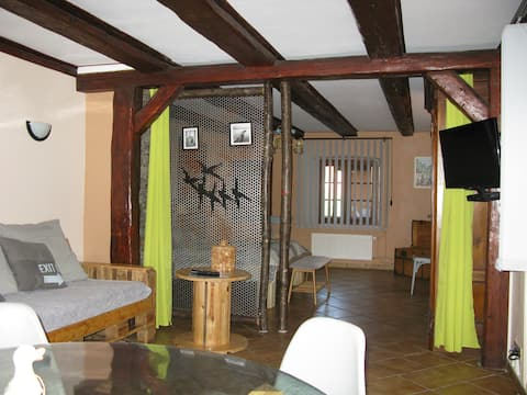HOLIDAY RENTAL 70 M2 COMFORTABLE +30 M2 AT THE TAGE