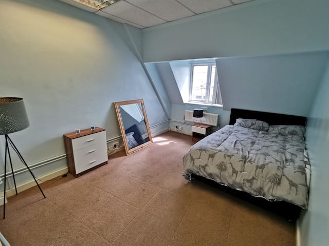 Spacious Room in Ipswich Centre