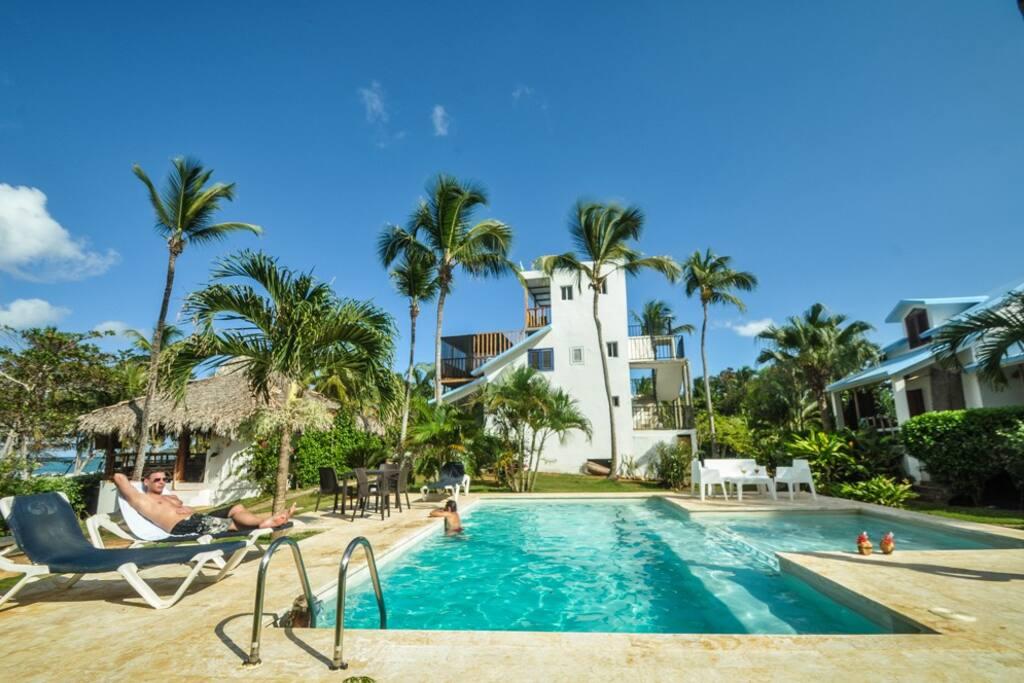 La villa vue sur mer et piscine