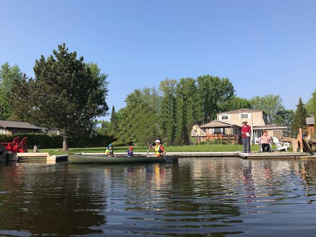 Beautiful Waterfront Cottage, Soul Enjoyment!