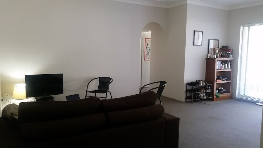 Large sunny furnished 2 bedder - North Parramatta