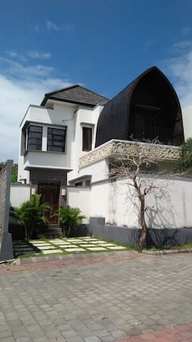 Frex Cheap, Comfort, n Cozy House @ Nusa Dua Bali